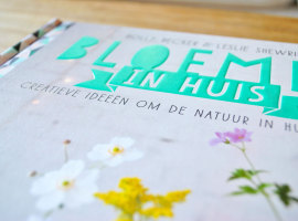 Boek Bloemen in huis Voorkant detail